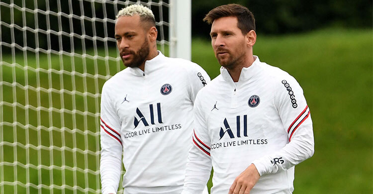 Messi and Neymar are playing together after 1582 days